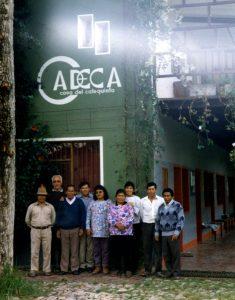 CADECA gesamtes Team im Jahr 2000